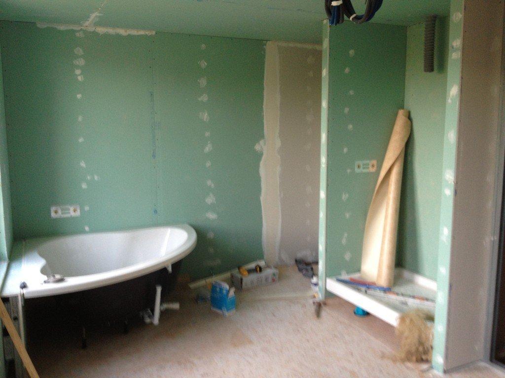 Mois 7 des travaux juin 2013 renovernotremaison for Installation de douche